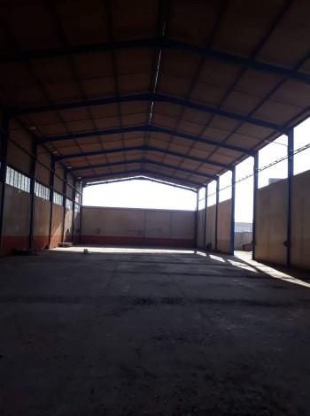 Vente usine de 3000  à la zone ben okba