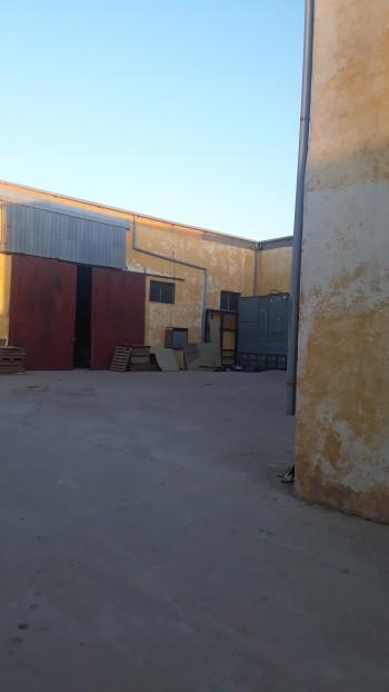 Vent usine de 1200m a la zone ben okba
