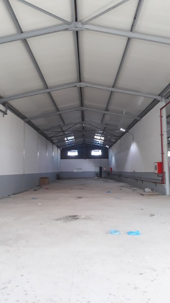 Location Hangar de 1200m a traversa