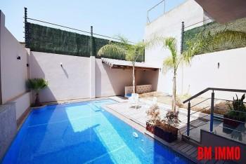 Location Vila Avec piscine à Fernand Ville