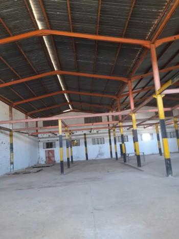 Location hangar de 1500m à la zone hassi ameur